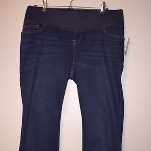 NWT OLD NAVY maternity jeans